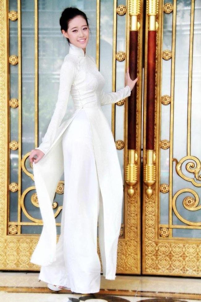 """Lộ ảnh nhan sắc thời """"dậy thì chưa thành công"""" của Hoa hậu Khánh Vân - Ảnh 7."""