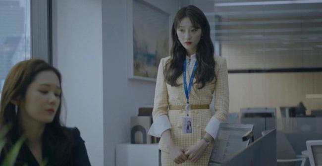 """Hội các bà vợ đang sôi máu với tiểu tam đáng ghét nhất màn ảnh Hàn 2019 nhưng công nhận là """"ả"""" mặc đẹp, rất nên tham khảo - Ảnh 8."""