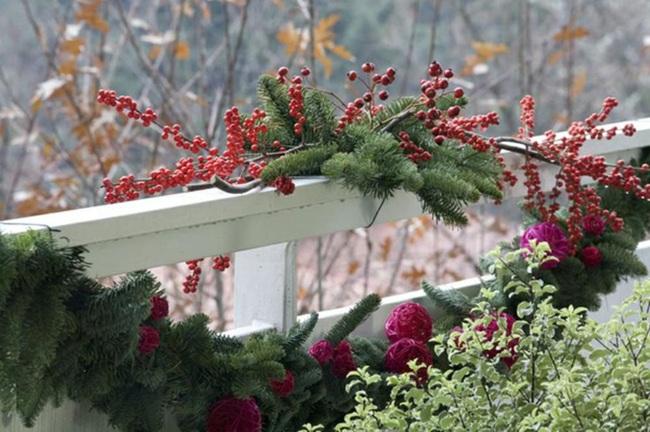 27 ý tưởng trang trí ban công dịp Giáng sinh cực đáng yêu cho mỗi gia đình - Ảnh 23.