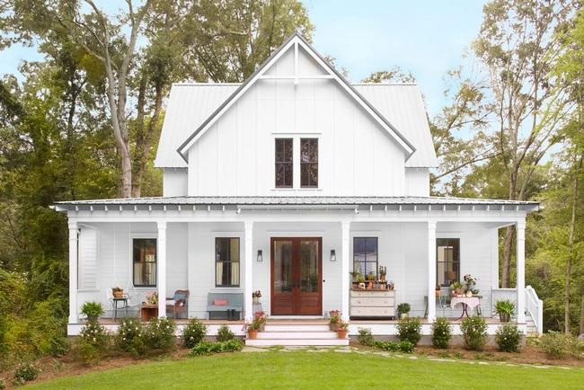 Ngôi nhà màu trắng đẹp ngỡ ngàng ở miền quê xanh mướt mát ai cũng phải thích mê - Ảnh 1.