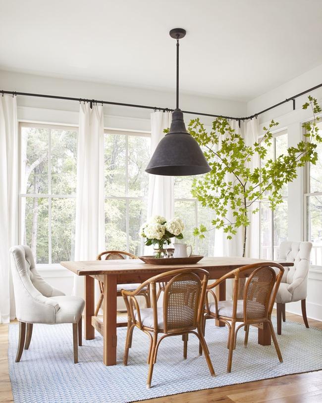 Ngôi nhà màu trắng đẹp ngỡ ngàng ở miền quê xanh mướt mát ai cũng phải thích mê - Ảnh 6.