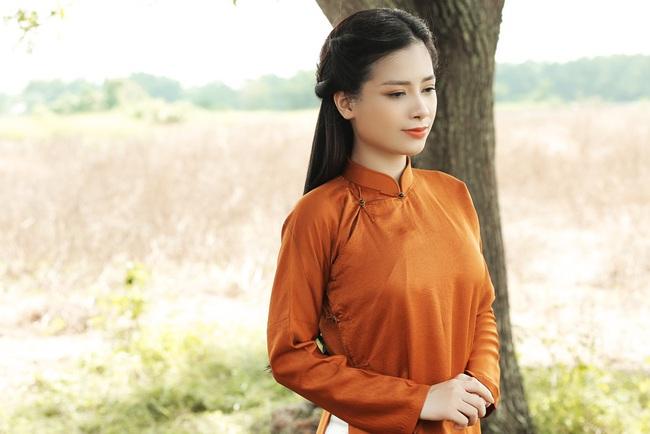 """Dương Hoàng Yến kể chuyện tình đẫm nước mắt, bị mẹ chồng ngăn cấm đến """"quyên sinh"""" trong MV mới - Ảnh 2."""