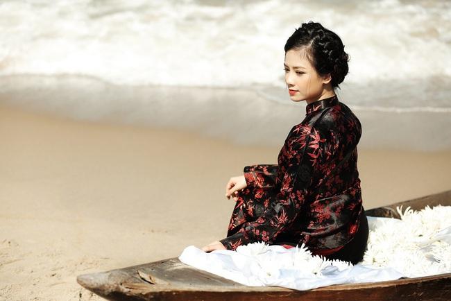 """Dương Hoàng Yến kể chuyện tình đẫm nước mắt, bị mẹ chồng ngăn cấm đến """"quyên sinh"""" trong MV mới - Ảnh 3."""