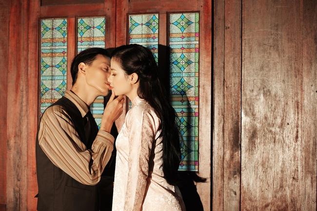 """Dương Hoàng Yến kể chuyện tình đẫm nước mắt, bị mẹ chồng ngăn cấm đến """"quyên sinh"""" trong MV mới - Ảnh 6."""