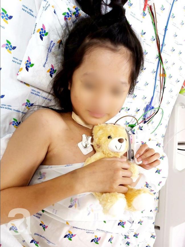 """TP.HCM: Hai bé gái mất hết chức năng tim nguy kịch được bệnh viện nhi đồng """"hồi sinh"""" ngoạn mục - Ảnh 4."""