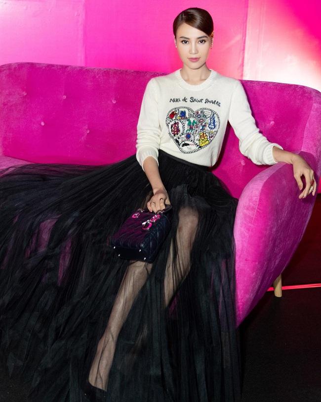 """Lan Ngọc vừa đập hộp chiếc túi Chanel hơn 100 triệu, dân tình lại soi thêm cả BST đồ hiệu không hề nhỏ của """"gái già lắm chiêu"""" - Ảnh 9."""