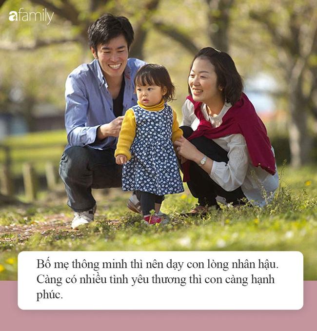 """Đừng bao giờ hỏi: """"Trong nhà này, con yêu ai nhất?"""", bố mẹ vui vẻ thoáng chốc nhưng con nhận hậu quả khôn lường - Ảnh 4."""