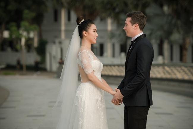 Vừa cưới chồng chưa đầy 1 ngày, Á hậu Hoàng Oanh đã lộ chi tiết cho thấy đang mang thai? - Ảnh 5.