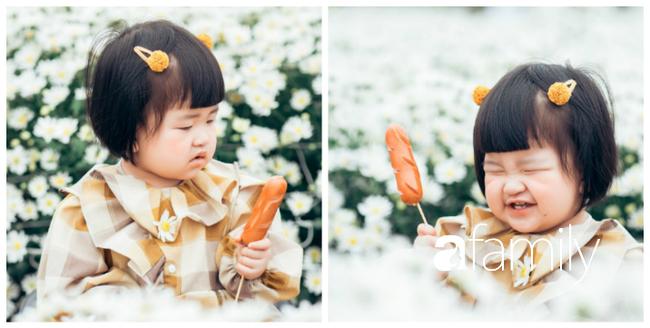 """Cười nghiêng ngả với bộ ảnh """"Đang đói còn bắt chụp hình"""" của """"cô bé quàng khăn đỏ"""" giữa vườn cúc họa mi - Ảnh 6."""