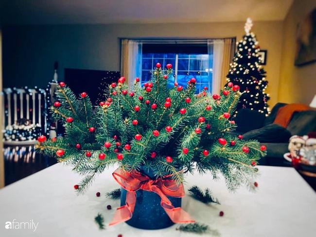 Ngắm những bình hoa tự cắm giúp tổ ấm thêm đẹp an lành đón Noel của những người phụ nữ Việt khéo tay - Ảnh 7.