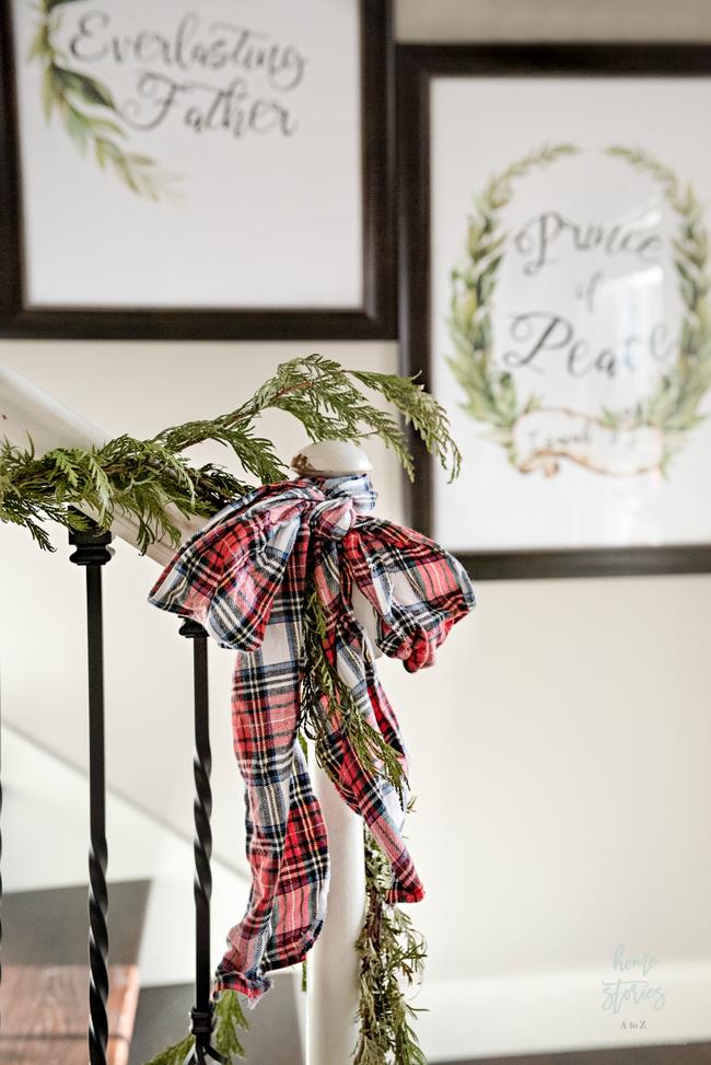Mang vẻ đẹp hoàn hảo cho cầu thang dịp Giáng sinh nhờ lựa chọn đồ trang trí đúng điệu - Ảnh 7.