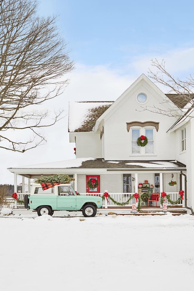 Hiên nhà xinh đẹp đón khách nhờ những ý tưởng decor độc đáo mùa Giáng sinh - Ảnh 8.