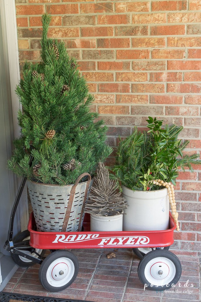 Hiên nhà xinh đẹp đón khách nhờ những ý tưởng decor độc đáo mùa Giáng sinh - Ảnh 14.