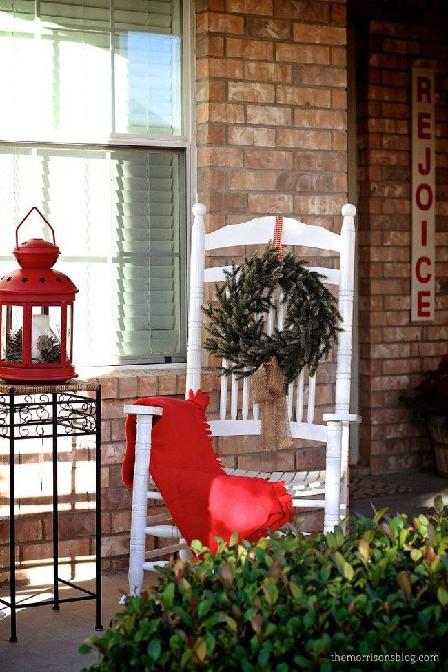 Hiên nhà xinh đẹp đón khách nhờ những ý tưởng decor độc đáo mùa Giáng sinh - Ảnh 15.