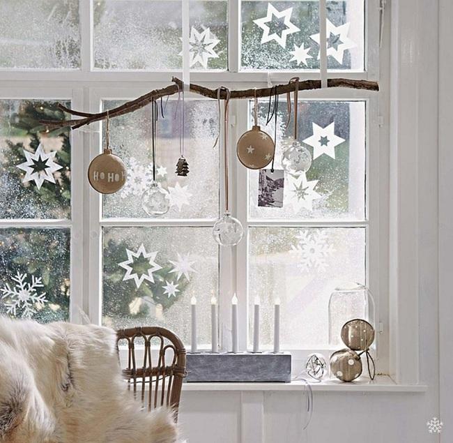 5 cách trang trí cửa sổ ngày Giáng sinh vô cùng dễ thương và bắt mắt - Ảnh 13.