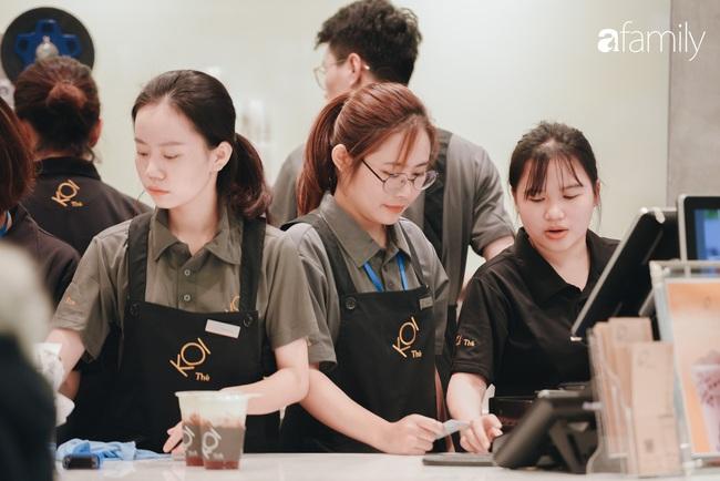 """Vừa ra mắt cửa hàng đầu tiên tại Aeon Mall Hà Đông, trà sữa trứ danh KOI Thé đã """"cháy hàng"""" - Ảnh 5."""