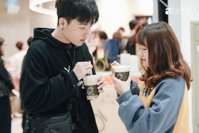 """Vừa ra mắt cửa hàng đầu tiên tại Aeon Mall Hà Đông, trà sữa trứ danh KOI Thé đã """"cháy hàng"""" - Ảnh 7."""