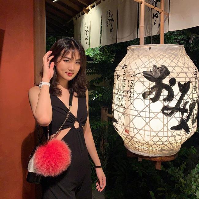 Nàng tiểu thư châu Á từng làm mưa làm gió tại vũ hội xa hoa nhất hành tinh một năm trước đây giờ ra sao? - Ảnh 2.