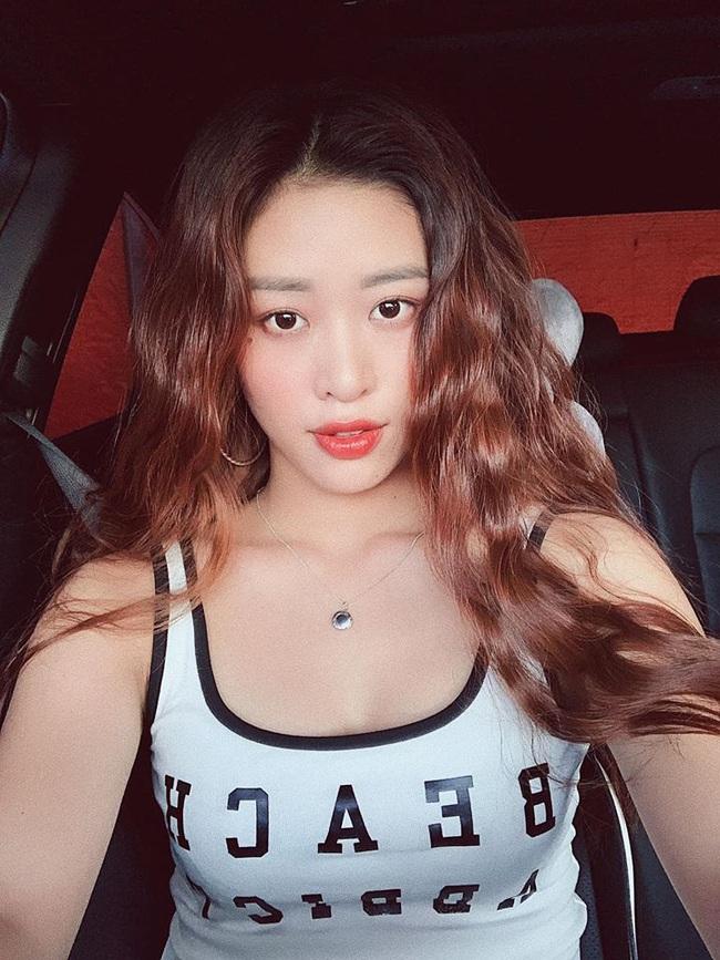 Đẳng cấp Tân Hoa hậu Hoàn Vũ Việt Nam - Khánh Vân: Mặt mộc ít phấn son cũng xinh xuất sắc, 360 độ không góc nào chết - Ảnh 4.