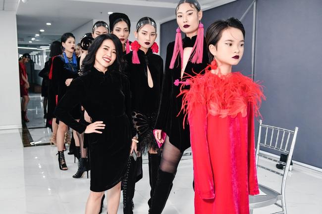 Maya khoe thềm ngực nóng bỏng, Hồng Quế giảm cân thấy rõ cùng đọ sắc tại show thời trang - Ảnh 5.