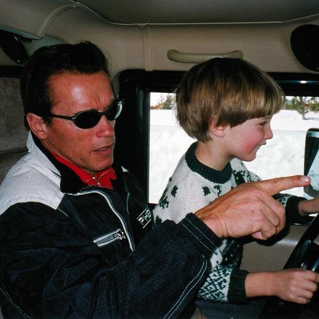 """Ông bố ngôi sao """"Kẻ hủy diệt"""" Arnold Schwarzenegger – Được mệnh danh ông bố quốc dân chẳng kém sao Hàn - Ảnh 6."""