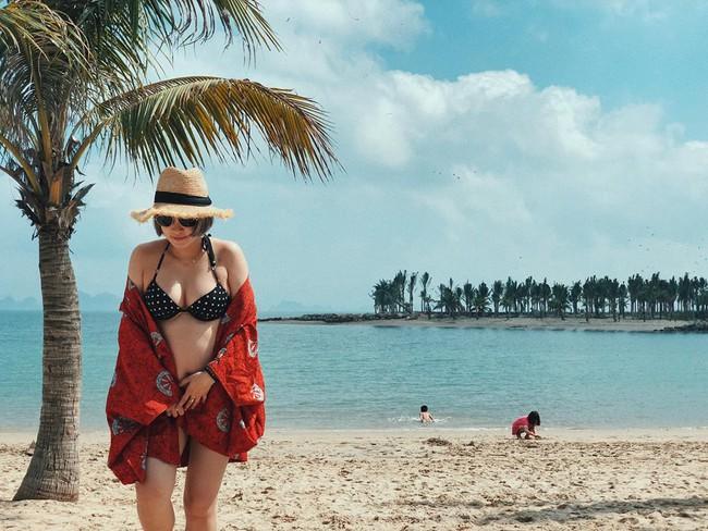 Mang bụng bầu khá lớn, hot girl đời đầu Mi Vân vẫn xinh đẹp nức lòng diện bikini khi đi tắm biển - Ảnh 7.