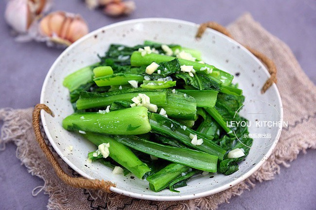 Bổ sung ngay 6 món rau xanh vào thực đơn cơm tối để thanh lọc cơ thể sau những ngày Tết ăn cỗ triền miên - Ảnh 8.