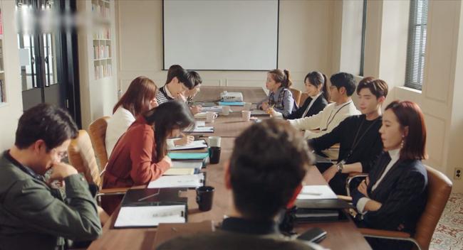 Lee Jong Suk gây choáng khi đem năng lực ngoại cảm từ I hear your voice sang Phụ lục tình yêu - Ảnh 5.