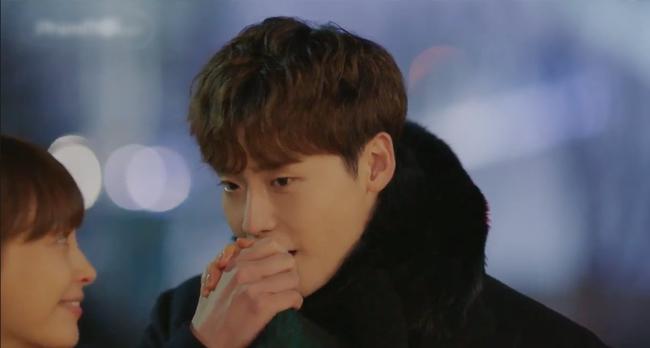 Phụ lục tình yêu: Mang danh chị em nhưng Lee Jong Suk lại tình tứ nắm tay chị gái Lee Na Young thế này - Ảnh 8.