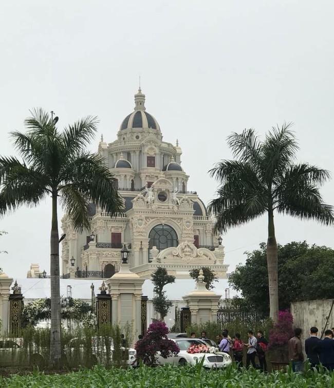 Rò rỉ hình ảnh xa hoa bên trong lâu đài 7 tầng của gia đình cô dâu xinh đẹp nổi tiếng Nam Định - Ảnh 7.