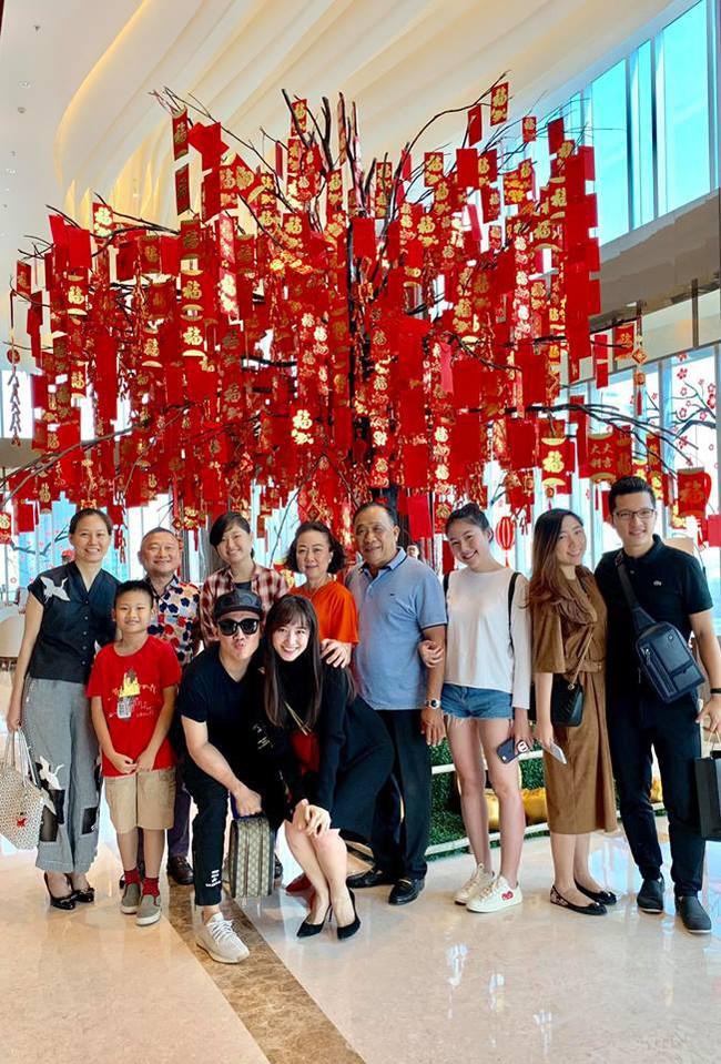 Phản ứng của Trấn Thành - Hari Won khi Đức Thịnh công khai chỉ trích, cổ đông phim Trạng Quỳnh đòi khởi kiện  - Ảnh 4.