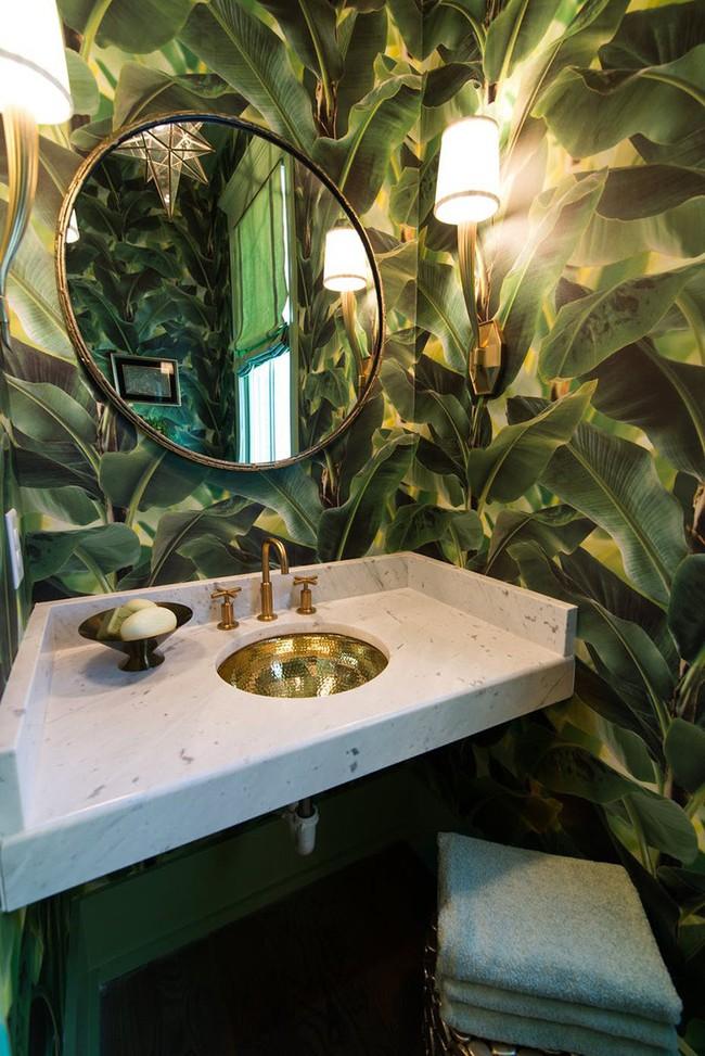 Những mẫu giấy dán tường nhà tắm chẳng thể chê vào đâu được - Ảnh 6.