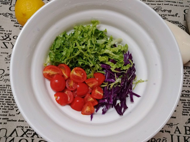 Bữa trưa tôi chỉ cần món salad này là đủ no đến chiều mà lại cực ngon - Ảnh 2.