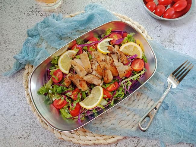 Bữa trưa tôi chỉ cần món salad này là đủ no đến chiều mà lại cực ngon - Ảnh 4.