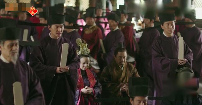 Minh Lan truyện: Chuyện hoang đường gì cũng xảy ra được, Phùng Thiệu Phong bị cả dòng họ vu oan hãm hại  - Ảnh 7.