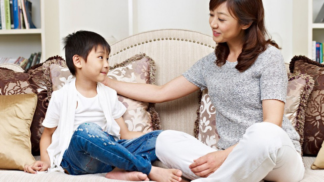 Dù con nhỏ có bướng bỉnh hay không nghe lời thế nào thì các mẹ hãy cứ áp dụng ngay mẹo sau là sẽ giữ được sự bình tĩnh, không còn la hét, gắt gỏng - Ảnh 3.