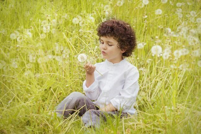 10 kĩ năng bạn nên chuẩn bị cho bé ngay từ bây giờ để bé trở thành người hạnh phúc, tự tin khi trưởng thành - Ảnh 10.