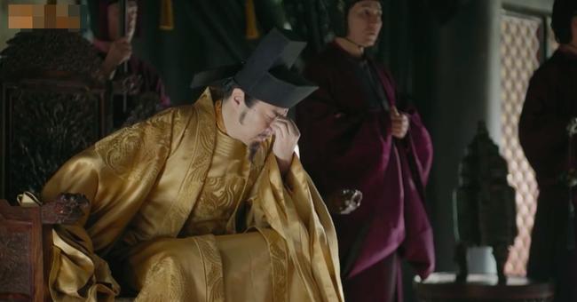 Fan xót xa khi Triệu Lệ Dĩnh vừa mới sinh con đã dập đầu, gào khóc cho Phùng Thiệu Phong đến ngất xỉu  - Ảnh 9.