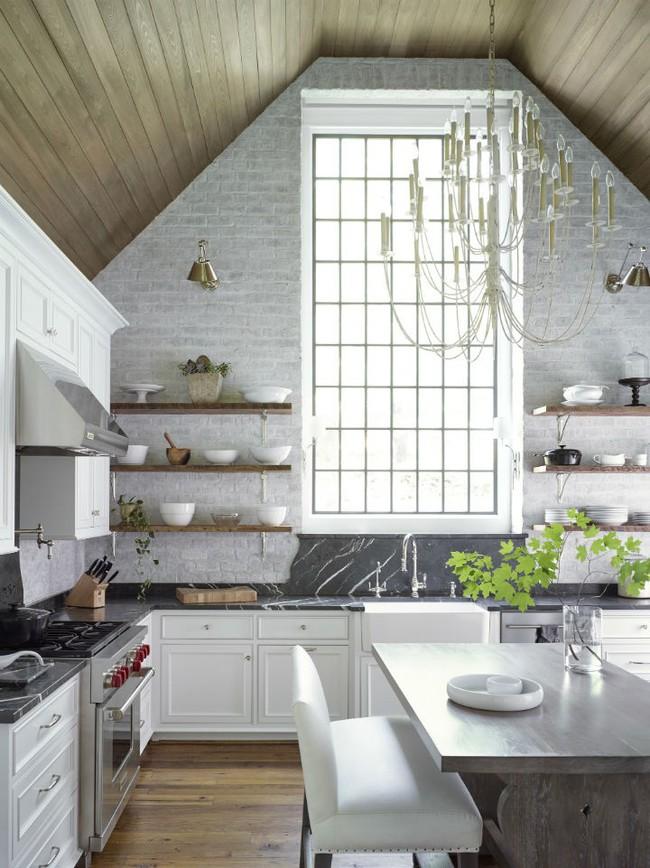 Nhà bếp trong mơ của nhiều người bởi đơn giản nhưng đẹp vượt thời gian - Ảnh 1.