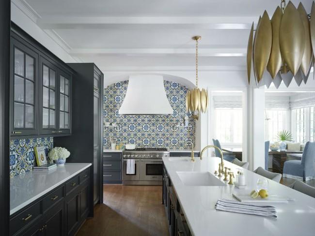 Nhà bếp trong mơ của nhiều người bởi đơn giản nhưng đẹp vượt thời gian - Ảnh 4.