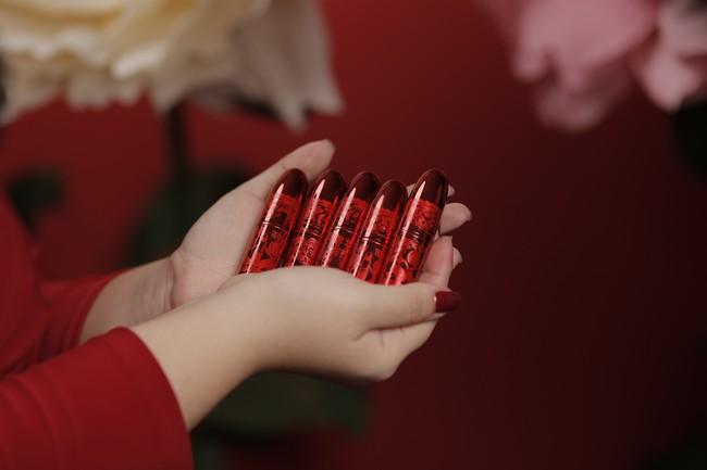 Mục sở thị 3 thỏi son đỏ mà nàng nào cũng sẽ đổ gục nếu được tặng trong dịp đầu năm này - Ảnh 3.