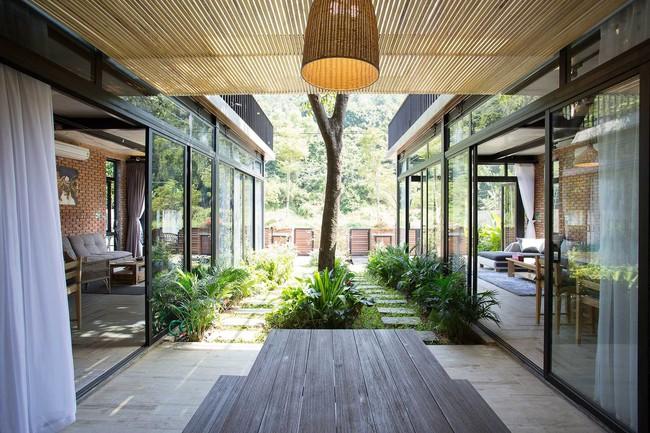 Hai ngôi nhà riêng biệt gộp chung thành biệt thự sang chảnh giữa núi đồi mênh mông của hai người bạn thân ở Đà Nẵng - Ảnh 9.