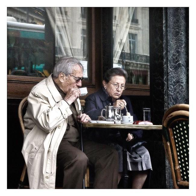 Văn hóa cafe vỉa hè ở kinh đô ánh sáng Paris có gì độc đáo hơn so với cafe bệt Hà Nội, Sài Gòn?  - Ảnh 10.