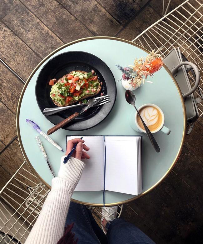 Văn hóa cafe vỉa hè ở kinh đô ánh sáng Paris có gì độc đáo hơn so với cafe bệt Hà Nội, Sài Gòn?  - Ảnh 3.