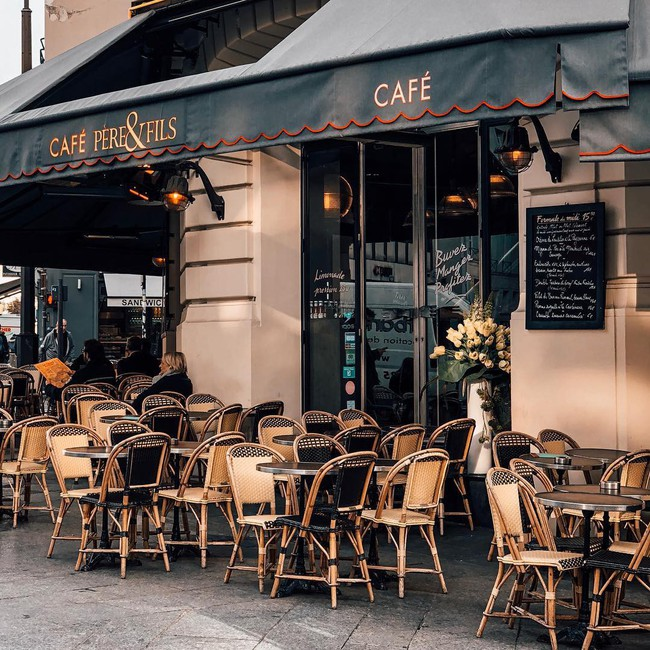 Văn hóa cafe vỉa hè ở kinh đô ánh sáng Paris có gì độc đáo hơn so với cafe bệt Hà Nội, Sài Gòn?  - Ảnh 4.