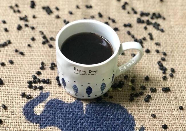 Trà đậu đen: Món trà đậu đen uống vào là tóc đen mắt sáng da mịn - Ảnh 3.