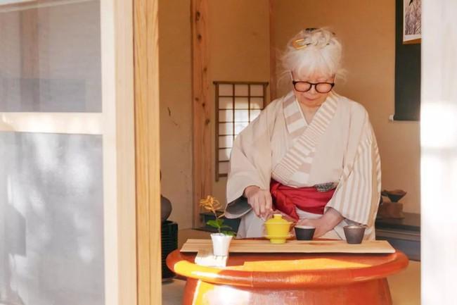Cụ bà 76 tuổi yêu thích đọc sách, nấu ăn, sống gần thiên nhiên trong ngôi nhà thôn quê rộng 400m² ở Nhật Bản - Ảnh 20.