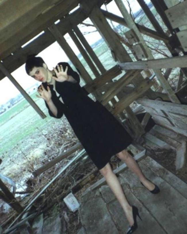 Thiếu nữ bị bắt cóc, tra tấn đến chết nhưng ám ảnh nhất là bức ảnh cuối đời của cô khi đối mặt kẻ thủ ác - Ảnh 2.