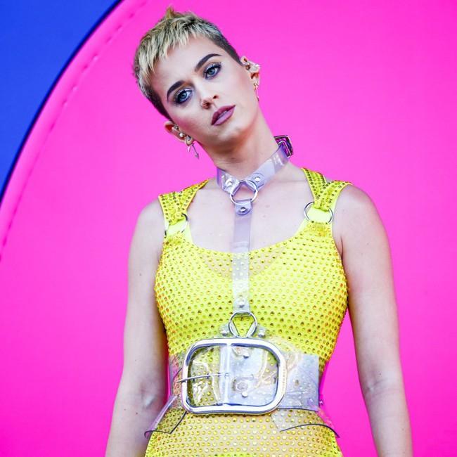 Ăn pizza đều đặn mỗi ngày, Katy Perry vẫn giữ dáng đẹp nhờ bí kíp thần thánh này - Ảnh 2.
