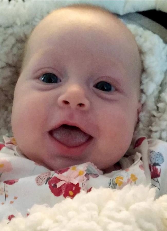 Bị hôn mê suốt 4 ngày sau một cơn đau đầu, đến khi tỉnh dậy người mẹ trẻ thêm choáng váng khi biết mình đã sinh một đứa con  - Ảnh 3.
